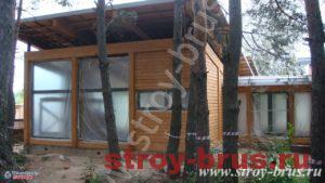 Деревянный дом для гостей