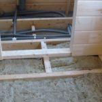 Как заменить и утеплить деревянный пол?