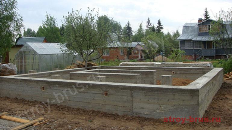 Что учесть для закладки фундаментов для деревянных домов