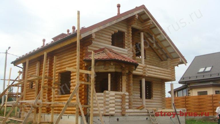 Какая краска для покраски дома из дерева подойдет лучше