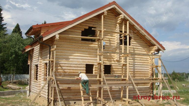 Как выглядит шлифовка стен деревянного дома