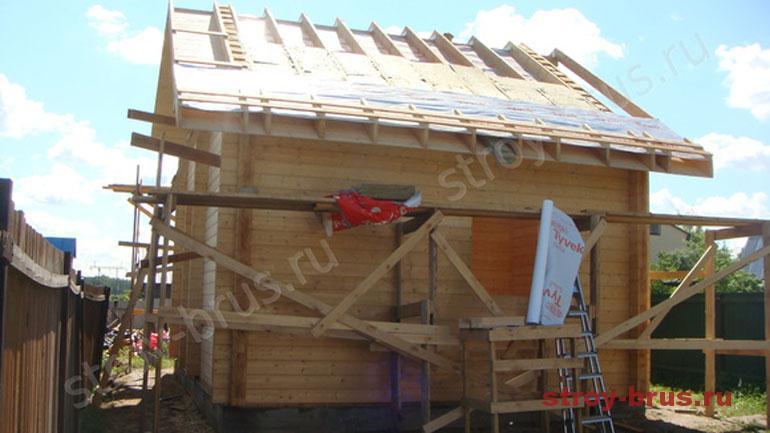 Как утеплить кровлю деревянного дома