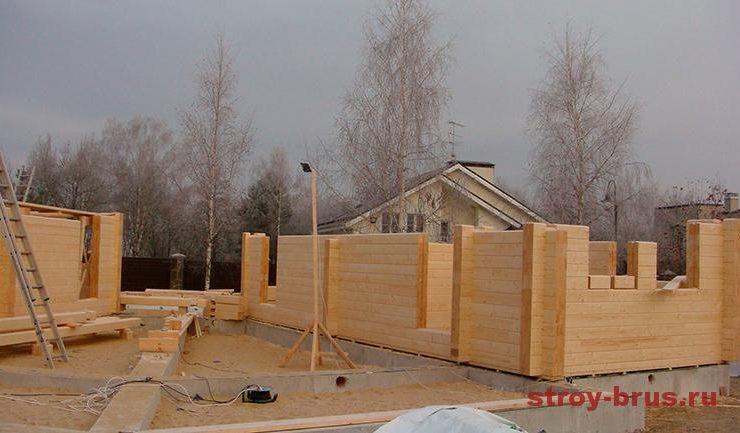 Сборка стен из клеёного бруса