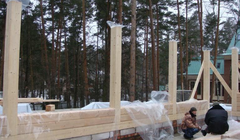 Возведение стен с примыканием к колонам