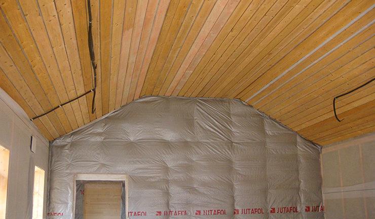 Электропроводка в деревянном гараже выполнена