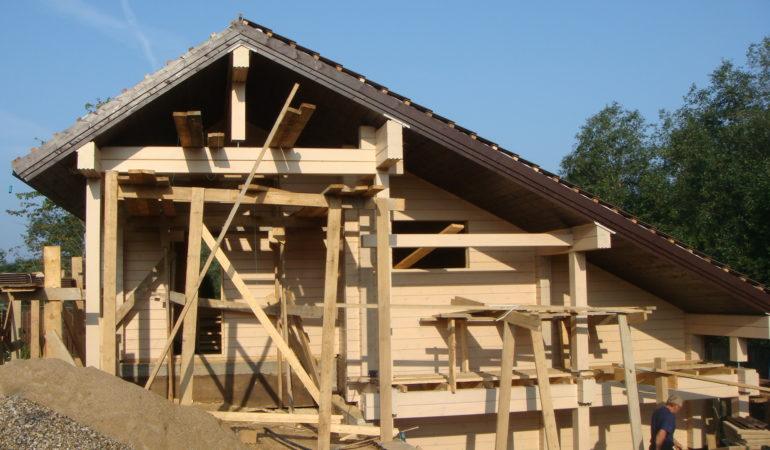 Финишный этап строительства бани из бруса Брусландия