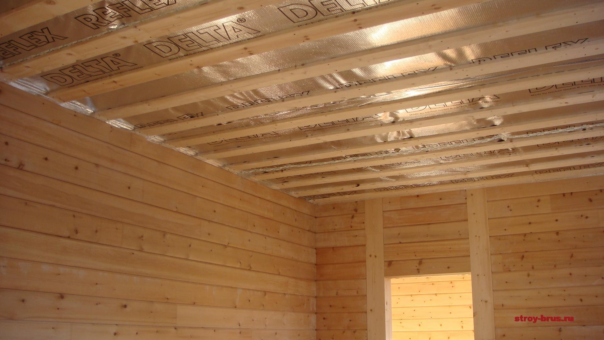 Почему используют клееный брус для строительства домов