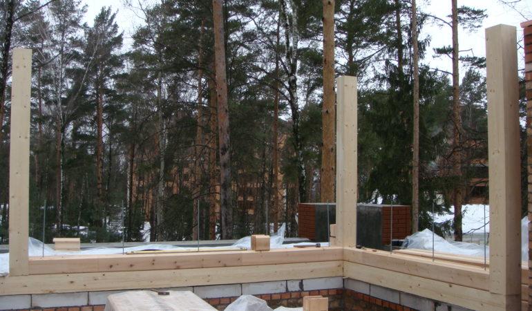 Начальный этап сооружения колонн