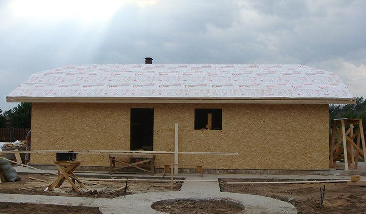 Крыша гаража из дерева утеплена