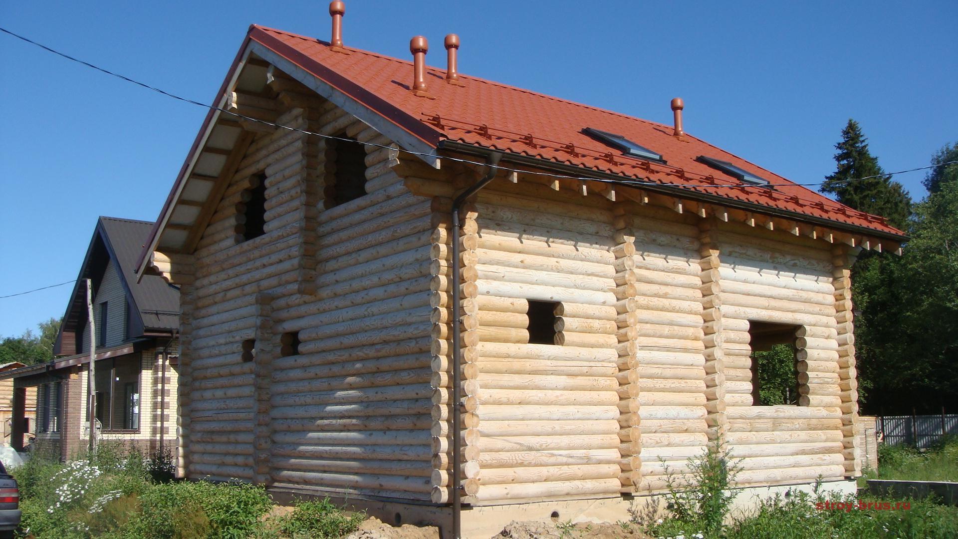 дом из оцилиндрованного бревна - отличное решение