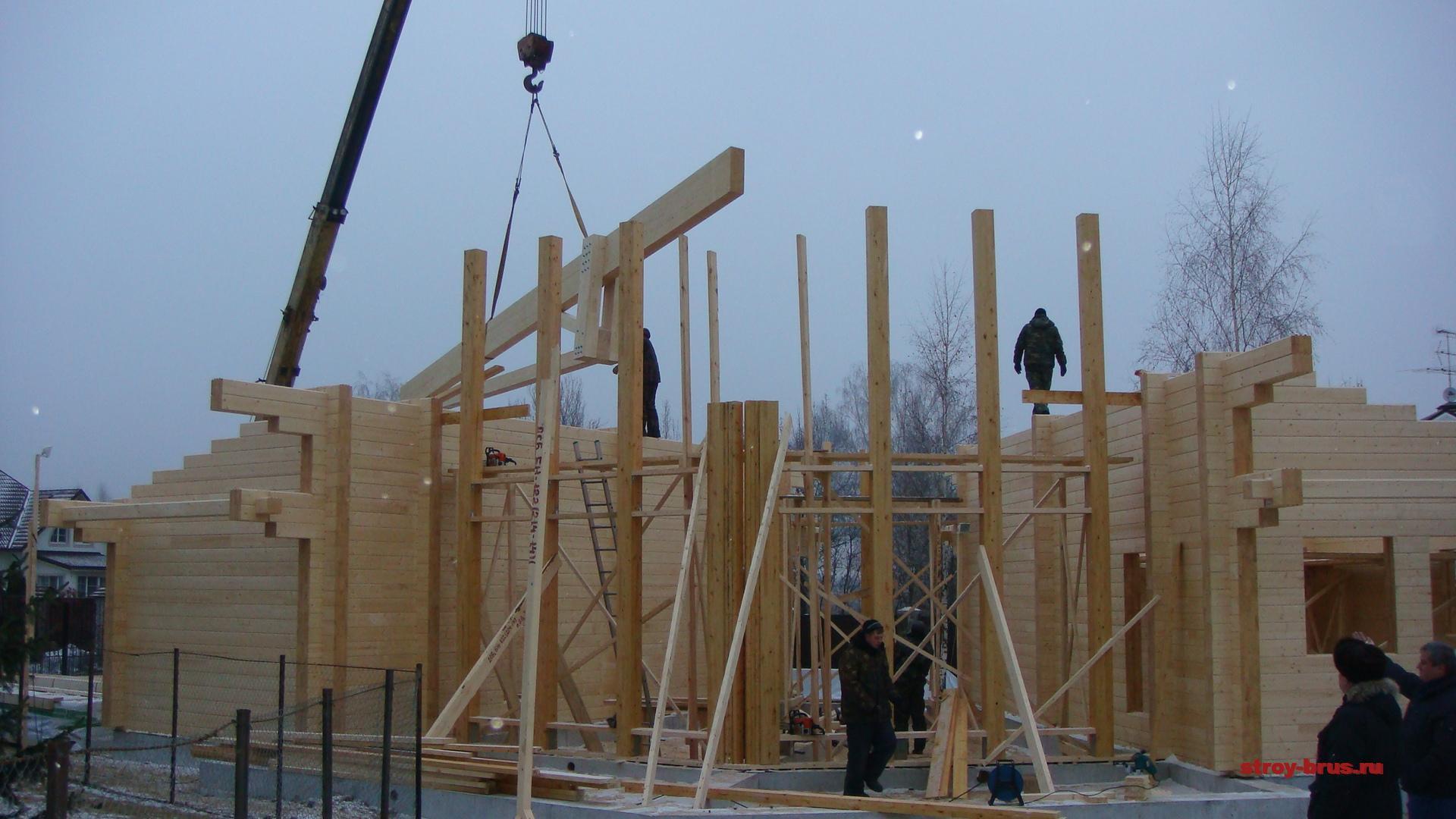Строительство домов и бань зимой