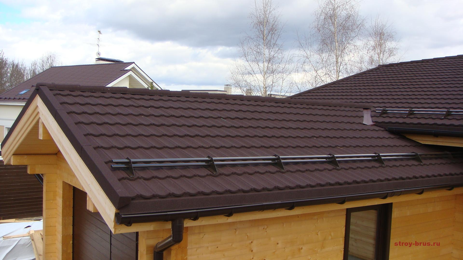 Крышу дома готовим к зиме